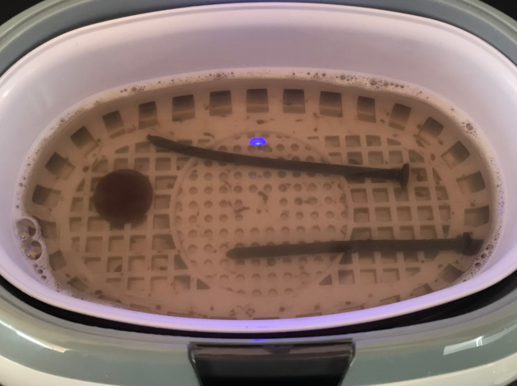 Dirty Water 10 Minutes UltraSonic Cleaner