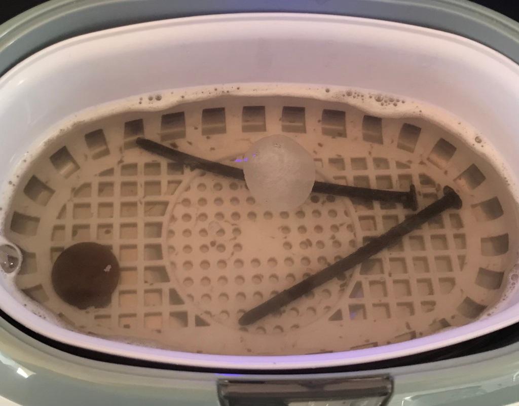 Dirty Water 2.5 min ultrasonic cleaner